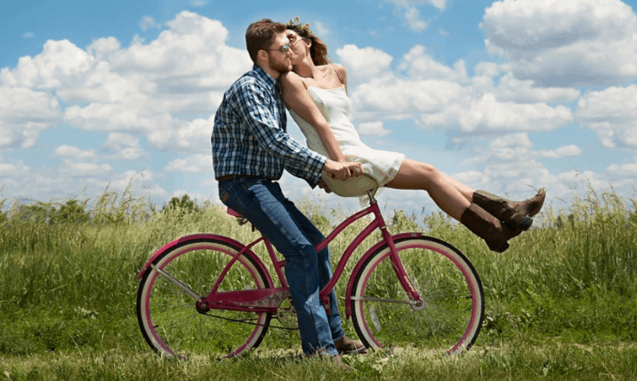 Eight tips to be a better man: things a boyfriend shouldn't do